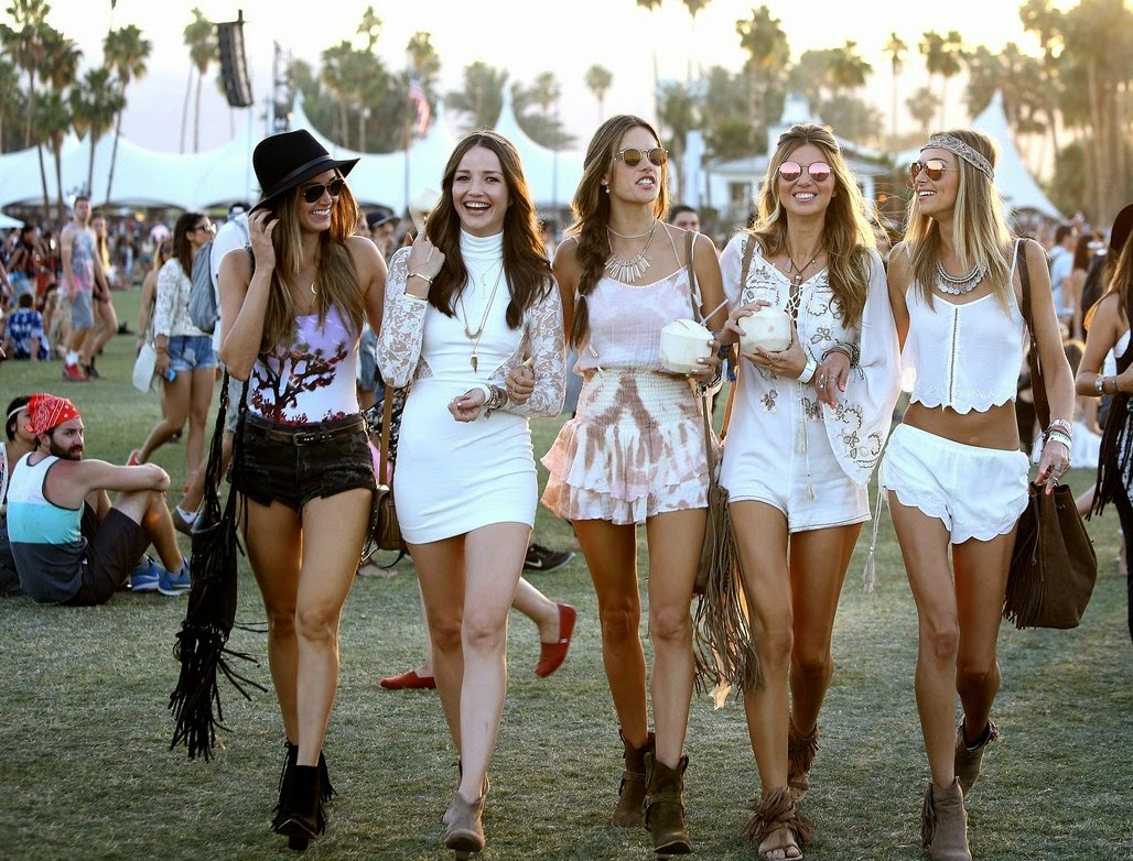 WHAT TO WEAR TO A SUMMER MUSIC FESTIVAL  Fashion amp; Beauty Inc